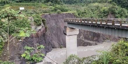 La erosión del río Coca continúa con su paso de destrucción / Foto: Cortesía Servicio Nacional de Gestión de Riesgos y Emergencias del Ecuador (SNGRE)