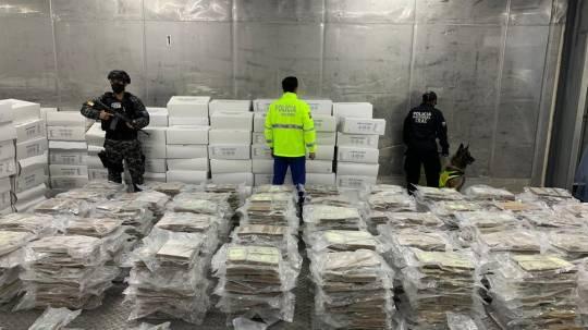 Policía decomisa 1,4 toneladas de cocaína con destino a Bélgica / Cortesía del Ministerio de Gobierno