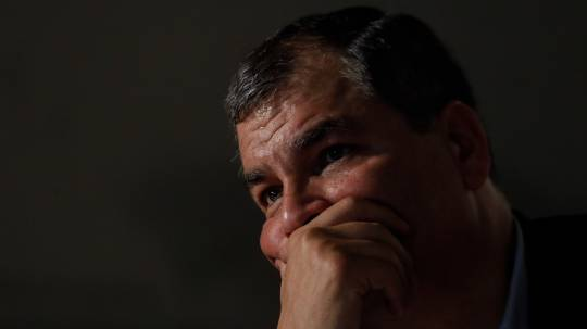 Ecuador solicitará a Interpol el arresto del expresidente Rafael Correa / Foto: EFE