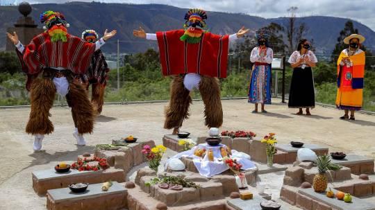 Ecuador se prepara para un inusual reencuentro con sus muertos / Foto: EFE
