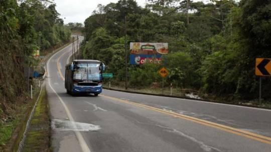 El mejoramiento del sistema vial es la prioridad de este año para la Prefectura de Pastaza. Foto: El Comercio