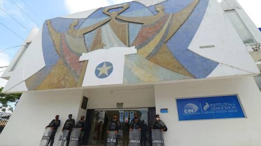 Denominado Misión virtual de expertos: Mejores prácticas en materia de observación electoral, el seminario virtual es financiado por el TAIEX. Foto: EFE