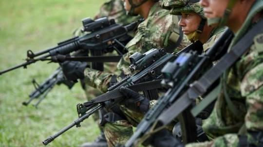 Las acciones combinadas se desarrollarán ante anunciado rearme de FARC. Foto: Ecuavisa